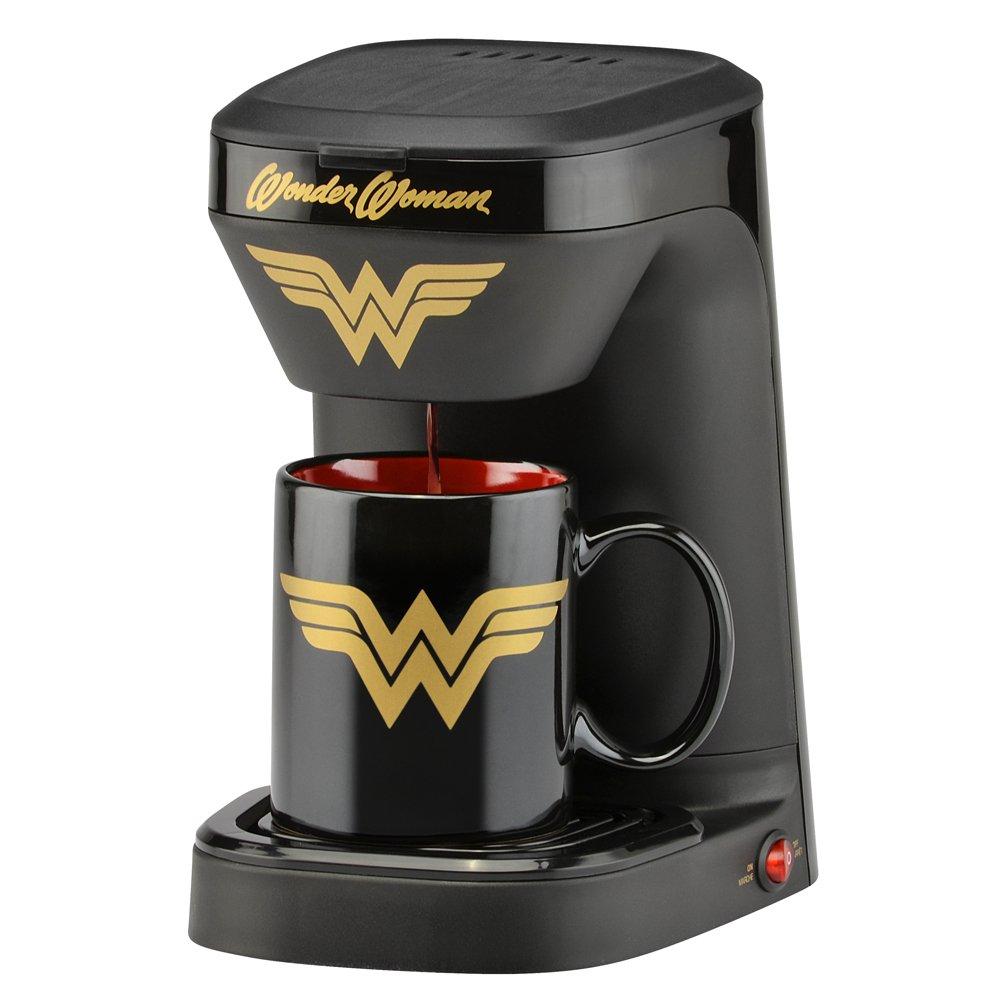 DC Wonder Woman 1-Cup Coffee Maker with Mug by DC Wonder Woman