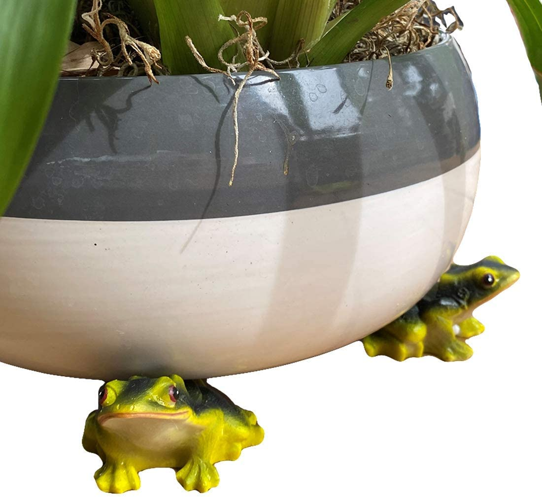 Lily's Home Set of 3 Poly Resin Pot Feet or Planter Risers for Indoor Outdoor Large Plant Pots or Statuary Improve Airflow and Drainage Perfect for Patios, Decks, Gardens and Greenhouses (Frog)