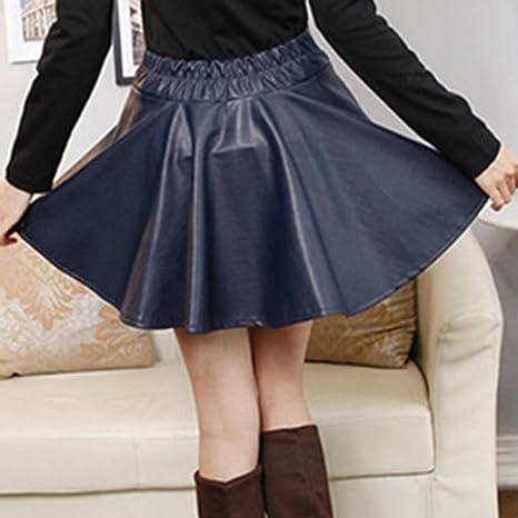 SaiDeng Mujer Cintura Elástica Cuero PU Elástica Plisada Básica Mini Falda  Azul Marino  Amazon.es  Deportes y aire libre 2412eb130de5