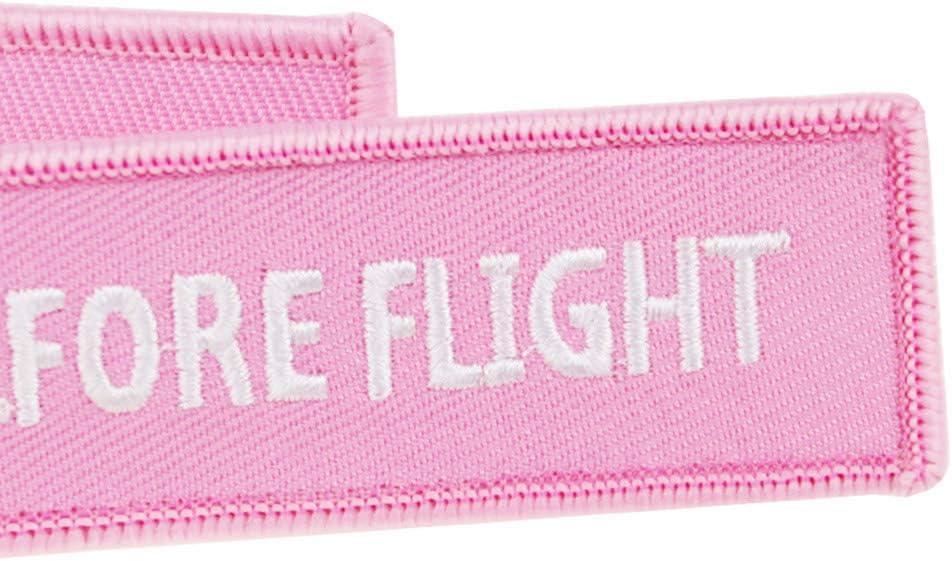 Peiye Llavero bordado con colgante de llavero con texto en ingl/és KISS ME BEFORE Flight para coche llavero mochila cartera