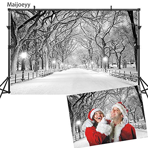 Maijoeyy 7x5ft Night Winter Snow Photography Backdrops Background Street Light Chair Photo Studio for Christmas Backdrop -