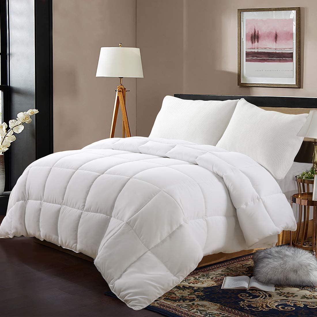 EDILLY Luxury Down Alternative Quilted Queen Comforter-Stand Alone Comforter for Queen Size Bed,Year Round Duvet Insert with 4 Corner Tabs,88''x 88'',White Pro
