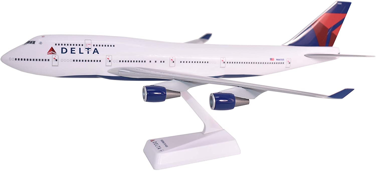 Is 747 A Good Credit Score >> Delta 07 Cur Boeing 747 400 Airplane Miniature Model Snap Fit 1 200 Part Abo 74740h 019