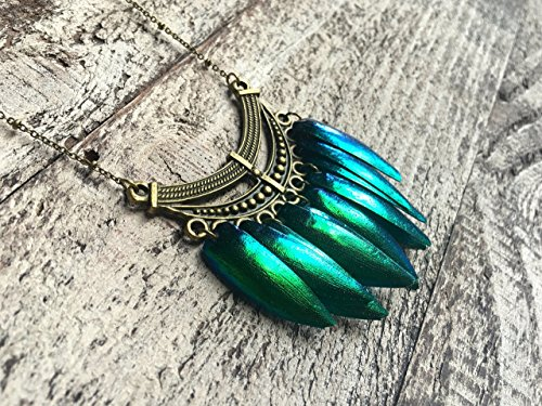 Real Emerald Green Jewel Beetle Wing Necklace - Elytra wings - Real Insect Jewelry - Beetle pendant - Long gold statement necklace -