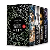 The Iron Fey Boxed Set 2: The Lost Prince,The Iron Traitor,The Iron Warrior,The Iron Legends