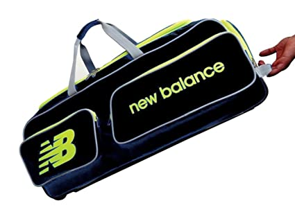 49abc4d1e1 Image Unavailable. Image not available for. Color: C&W Club Wheelie Sports  Individual Cricket Kit Bag ...