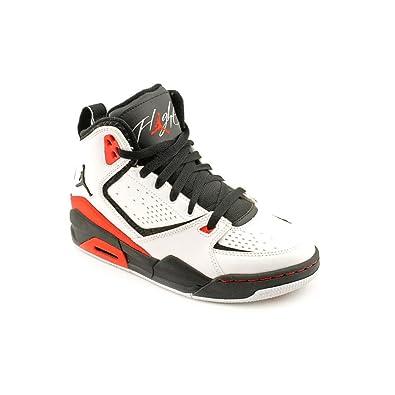 best service ed2e3 55a45 Amazon.com   Nike Air Jordan SC-2 (GS) Boys Basketball Shoes 454088-106  White 6.5 M US   Basketball