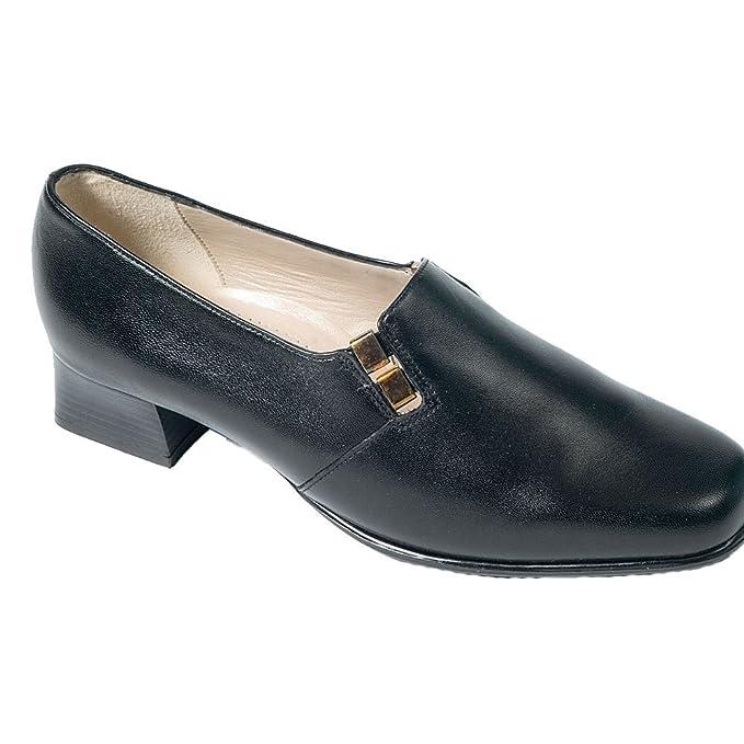 van dal wide fitting court scarpe