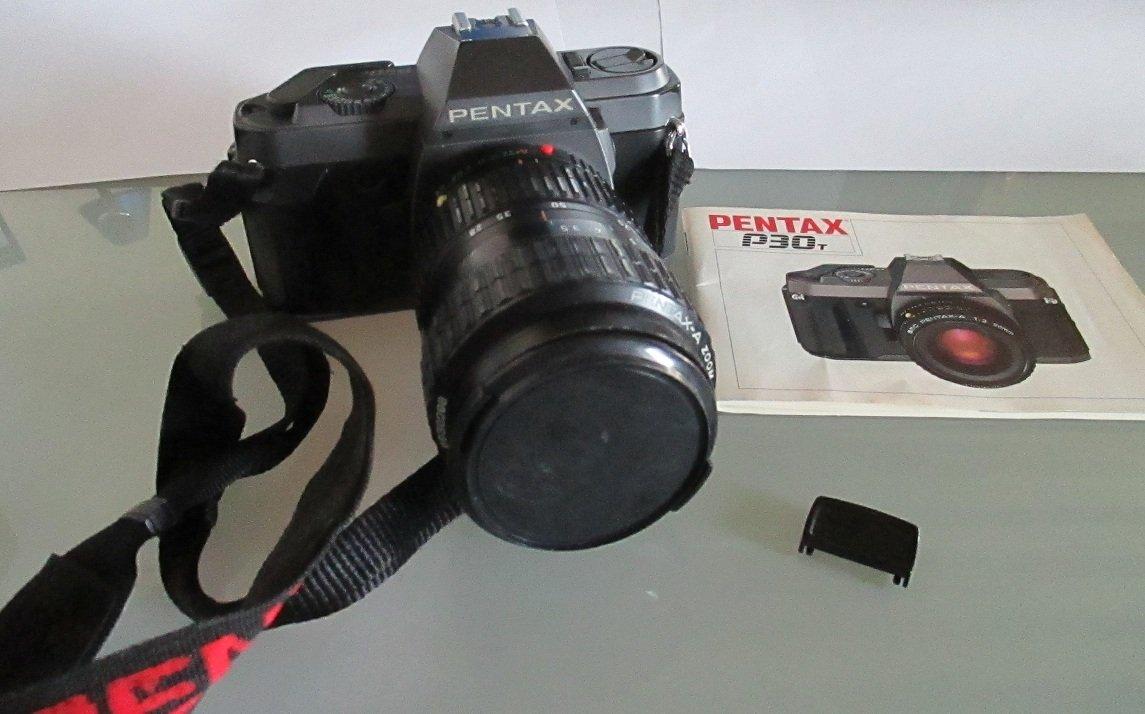 Cámara reflex Pentax P30T con zoon 35-80, flax y complementos ...