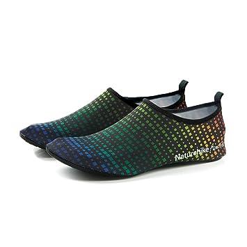 Amazon.com: Calcetines de agua descalzos para mujer y hombre ...