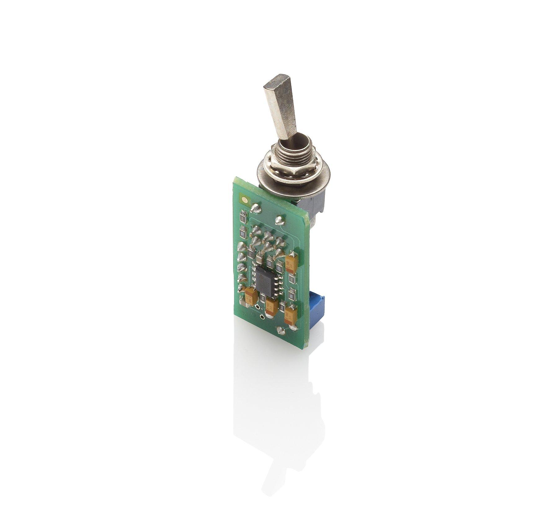 EMG PA2 Preamp Booster Switch 87.00 w/ Bonus RIS Pick (x1) 654330600395