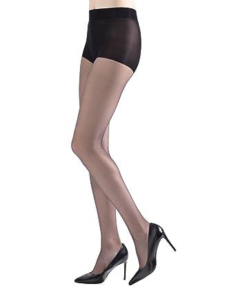 921bdb462 Natori Women's Exceptionally Sheer Pantyhose w/Cushion On Ball Of Foot, 10  Denier Black