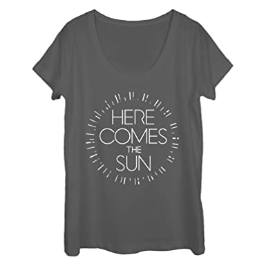 dd683715e404 Amazon.com  Chin Up Women s Here Comes The Sun Scoop Neck T-Shirt  Clothing
