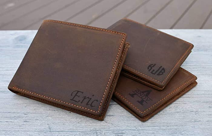 b7a8b94736eff Amazon.com  Personalized Mens Wallet - Leather Wallet