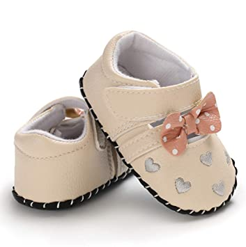 6e7c94bf73fca8 Amazon.com  Lovely Single Shoes For Infant Newborn Baby Girls Heart Shape  Bow Princess Shoes Soft Sole Casual Crib Shoes Sneaker Prewalker (Age 0~6  M