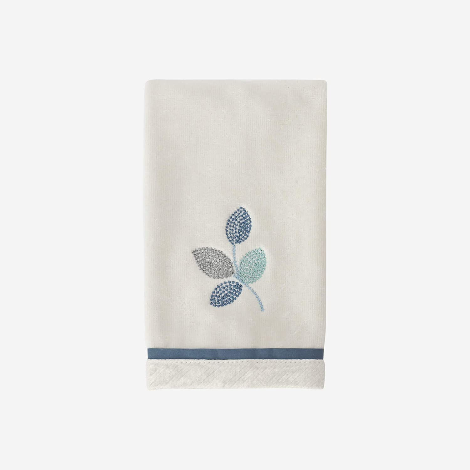Croscill Mosaic Embroidered Fingertip Towel