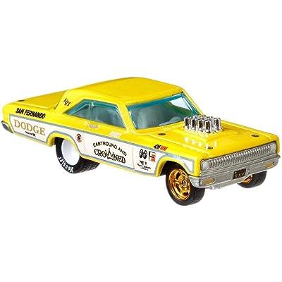 Hot Wheels 65 Dodge Coronet Vehicle: Toys & Games