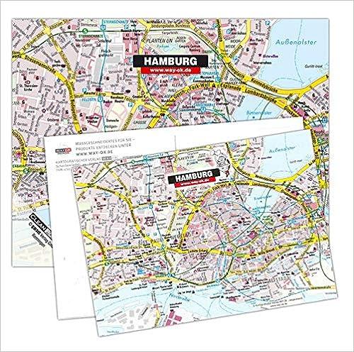 Display mit Postkarte und Brillentuch Hamburg