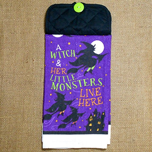 le Monsters Live Here Hanging Dish Towel, Halloween Kitchen Decor ()