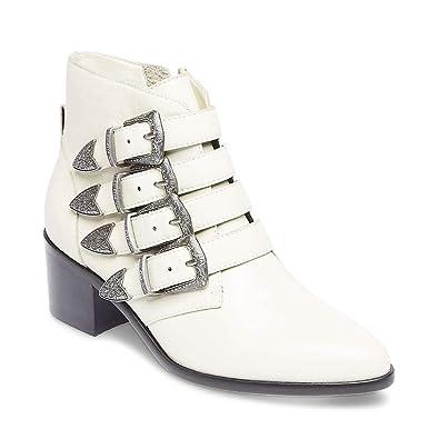 e0339cd7af7 Steve Madden Women's Billey Fashion Boot