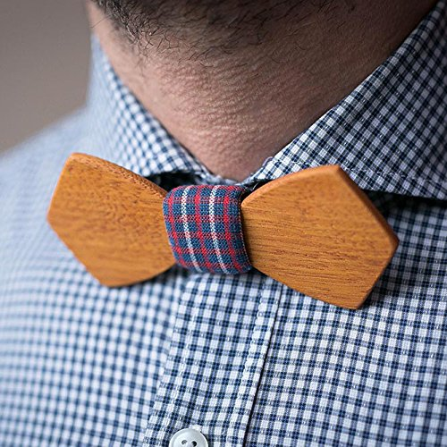 - Men's Wood Bow Tie. Square pattern. Natural Kusia wood bow tie. Customized wedding bow tie. Groomsmen bow tie gifts. Boyfriend gift. Personalized. Laser engraving name, initials, monogram or logo