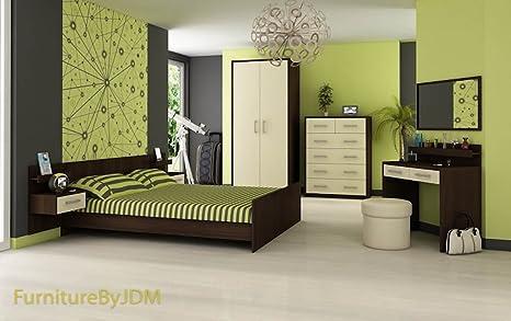 Set di mobili per camera da letto matrimoniale \