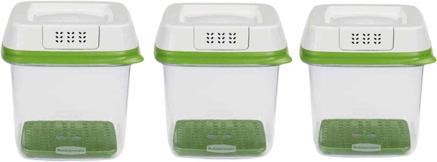 Rubbermaid FreshWorks Produce Saver Food Storage Container, Medium, 6.3 Cup, Green/Set of 3