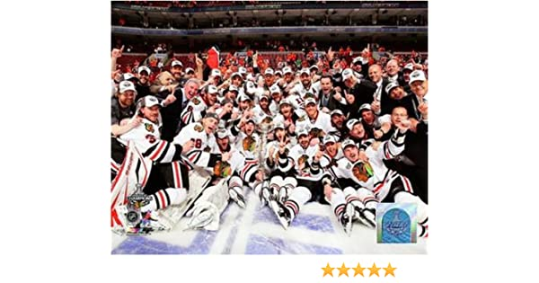 NHL Chicago Blackhawks 2010 Stanley Cup Championship Team Celebration Photo 16x20