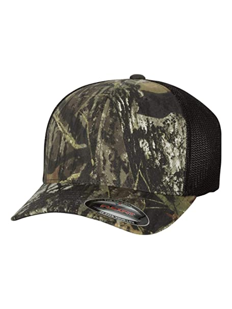 ba59f7d616a12 Flexfit. 6911 Mossy Oak Stretch Mesh Cap at Amazon Men s Clothing store