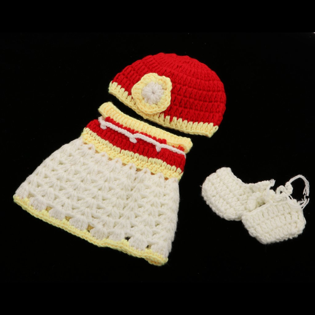 Crochet Doll Pattern with Clothing & Accessories | Petals to Picots | 1024x1024