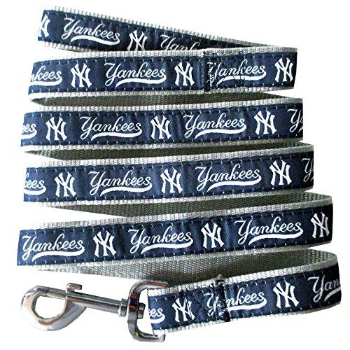 MLB NEW YORK YANKEES Dog Leash, Medium