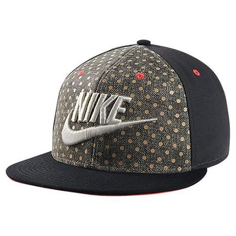 Amazon.com  Nike 694809-010 QT S+ Polka DOT Gray Black  Sports ... 487460aa1e8