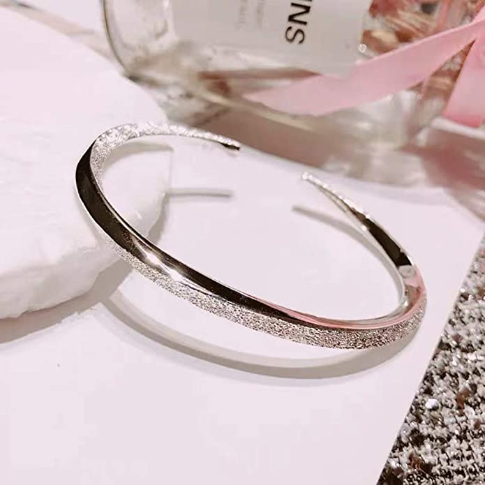 S990 Simple Bangle Young Lady Girls Birthday Valentines Day Gift
