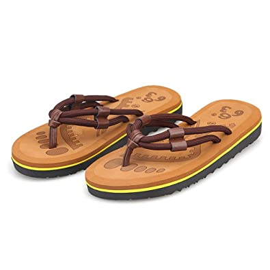 Unisex Non-slip Flip Flops Giraffe In Clouds Cool Beach Slippers Sandal