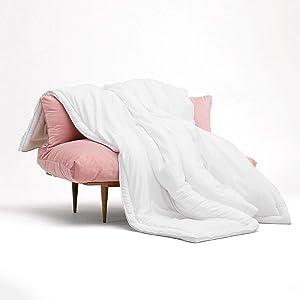 Buffy Comforter - Cloud Queen Comforter - Eucalyptus Fabric - Hypoallergenic Bedding- Alternative Down Comforter - Full/Queen