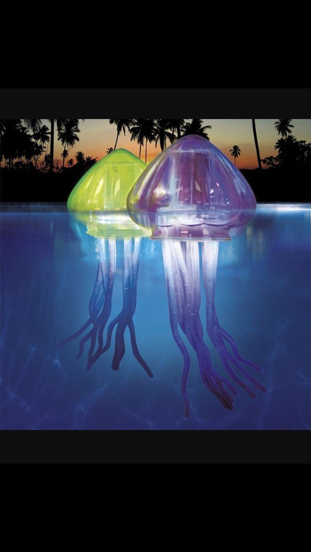 Green Banzai inflatable floating jellyfish pool lights Led Party light toy by Jellyfish bubble light: Amazon.es: Juguetes y juegos