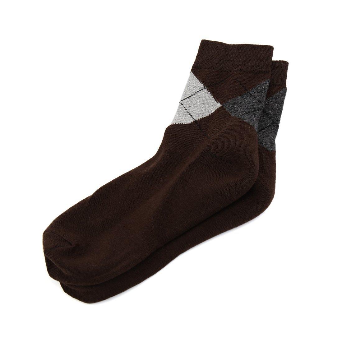 Amazon.com: eDealMax 1 par de Argyle Imprime hidratante ablanda la piel del Gel agrietada del talón calcetines Color café Hombres: Health & Personal Care
