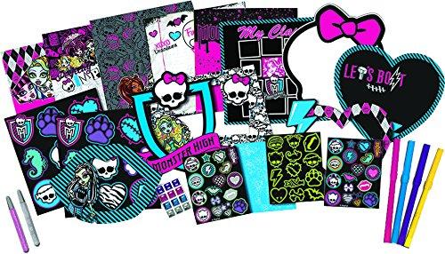 Monster High Scrapbook Your Wall Playset (Monster High Kit)