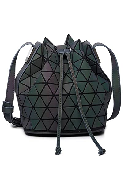 Amazon.com: Mujer baobao bolsa geometría SASER Plain cubeta ...