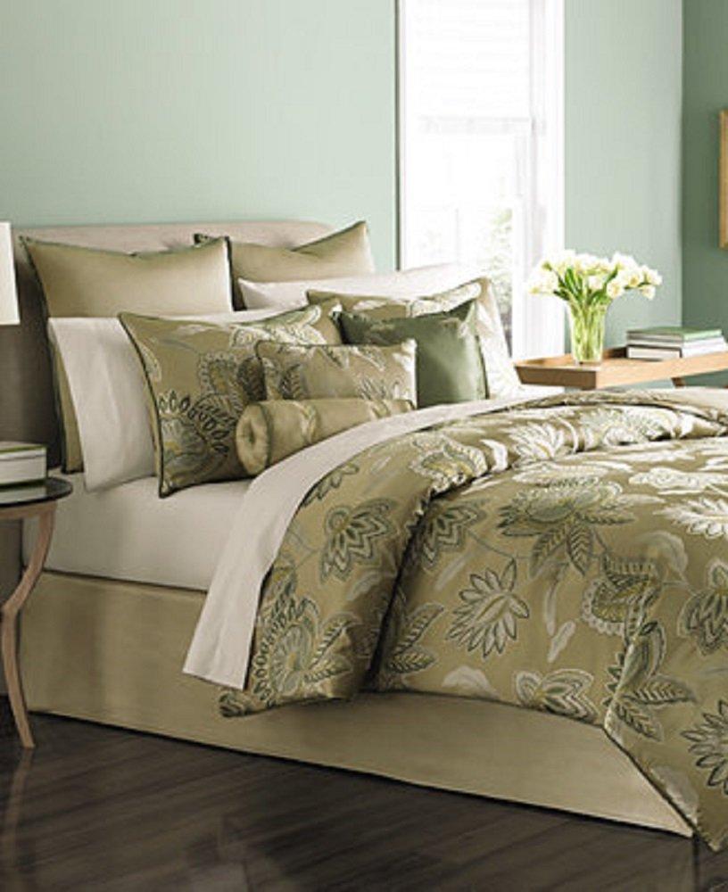 Amazon.com: Martha Stewart Collection Verdant Grove 9 Pc. Queen Comforter Set  Bedding: Home U0026 Kitchen