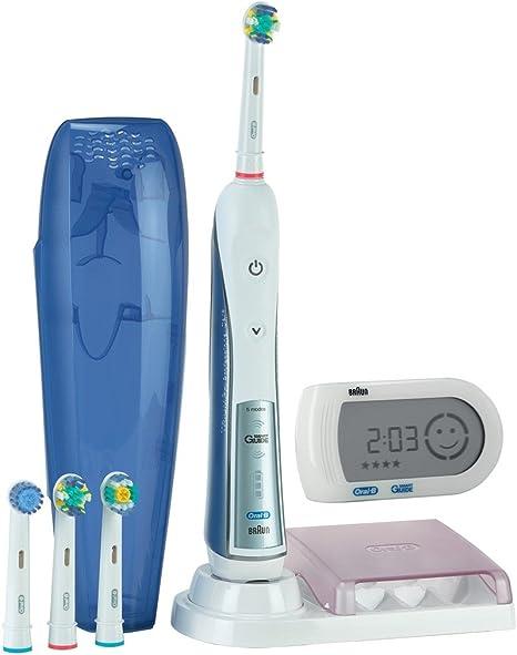 Braun Oral B Triumph 5000 elektrische Zahnbürste, mit 4 Aufsteckbürsten