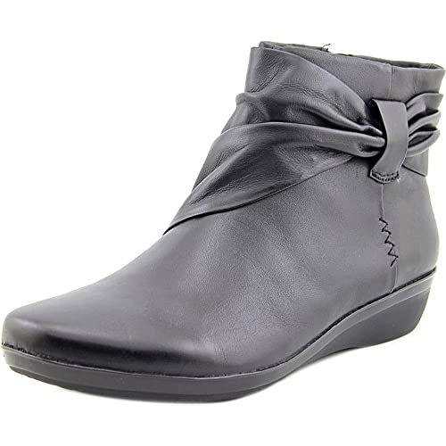 d9c26865c3be Clarks Everlay Mandy Womens Casual Ankle Boots  Amazon.co.uk  Shoes ...