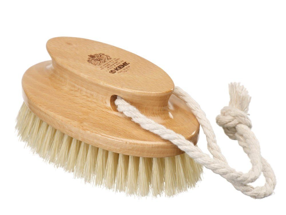 B000PVHXTK Kent Brushes Compact Natural White Bristle Shower/ Exfoliating Brush Oval Beechwood Handle 61JQWcUX0BL