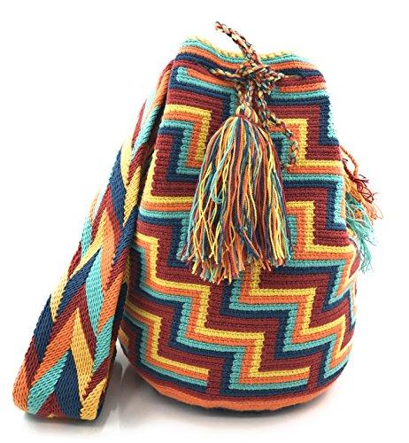 Wayuu Mochila, Bolsos Colombianos Artesanales con motivos tribales, tanto para mujer como para hombre. Angostura