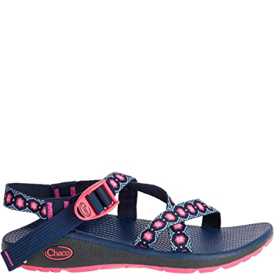 00a0dee55047 Chaco Women s Z Cloud Marquise Pink Sandal  Buy Online at Low Prices in  India - Amazon.in