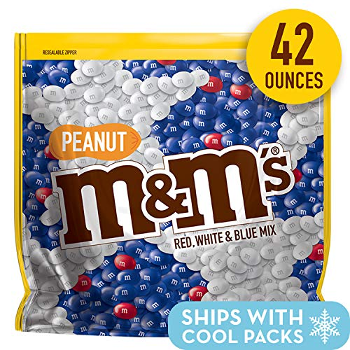 M&M'S Red, White & Blue Peanut Patriotic Chocolate Candy, 42-Ounce Party Size Bag]()