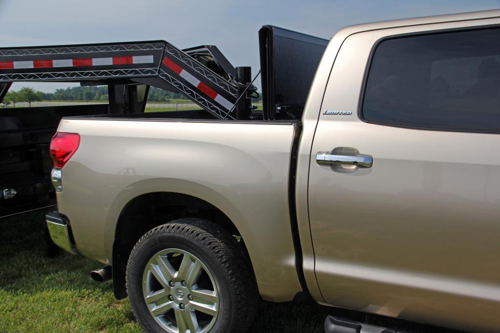 Amazon.com: Undercover FX11019 Flex Hard Folding Truck Bed ...