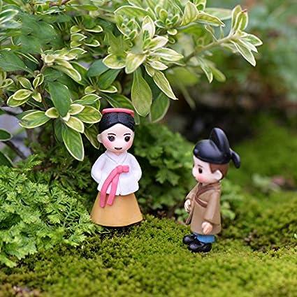 Cupcinu Mini Sweety Les Amoureux de Jardin F/é/érique Miniature cor/éen Couple Figurine bonsa/ï Pot de Fleurs Ornaments Dollhouse Accessoires de Bricolage Jardin Home Decor PVC Small Blanc//Gris