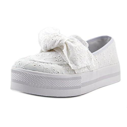 Guess Chippy Donna US 6.5 Bianco Scarpe ginnastica  Amazon.it  Scarpe e  borse 3527ae4206b