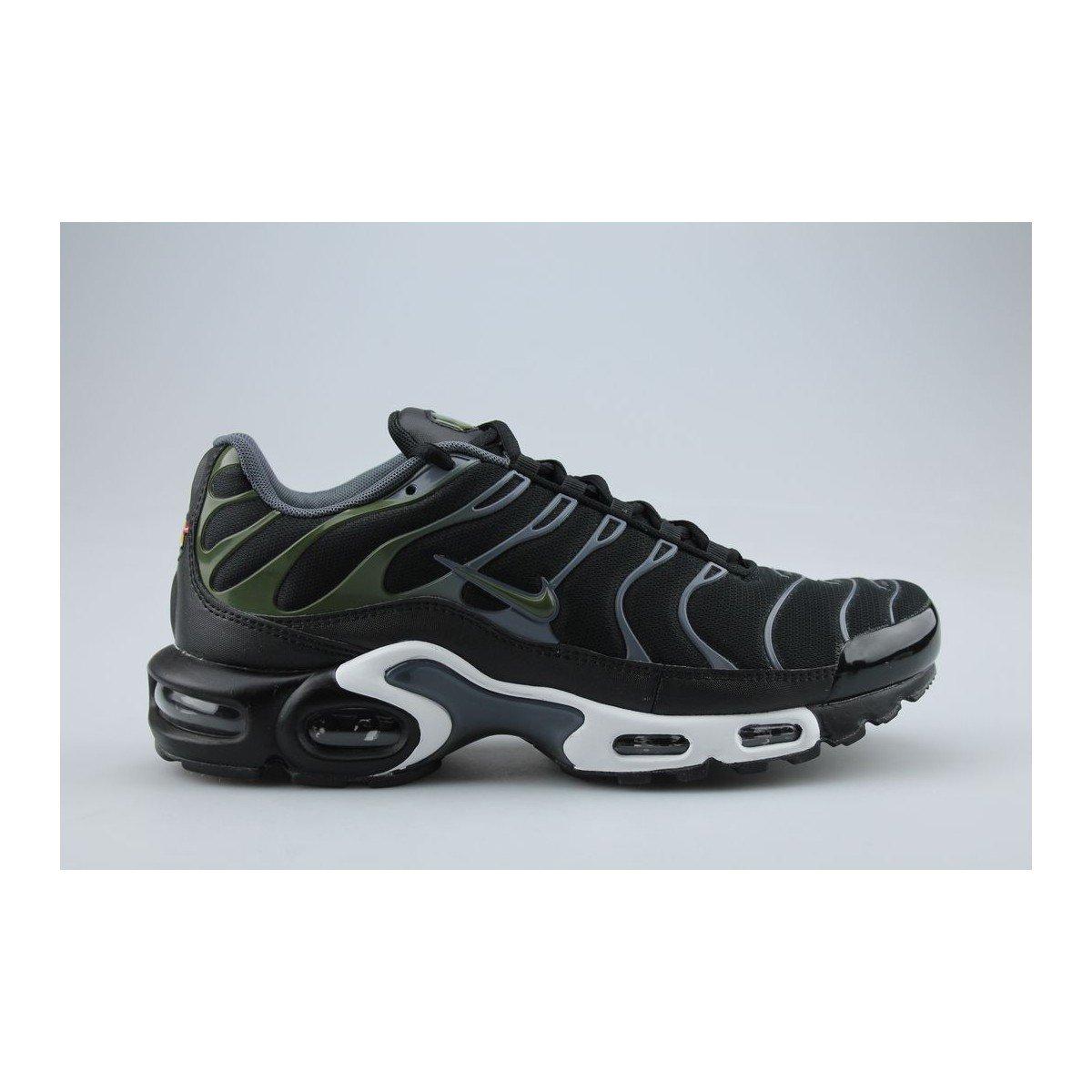 low priced 75cce ec0c8 Amazon.com   Nike Men s Air Max Plus Black Legion Green Dark Grey White  Nylon Cross-Trainers Shoes 9 M US   Fitness   Cross-Training